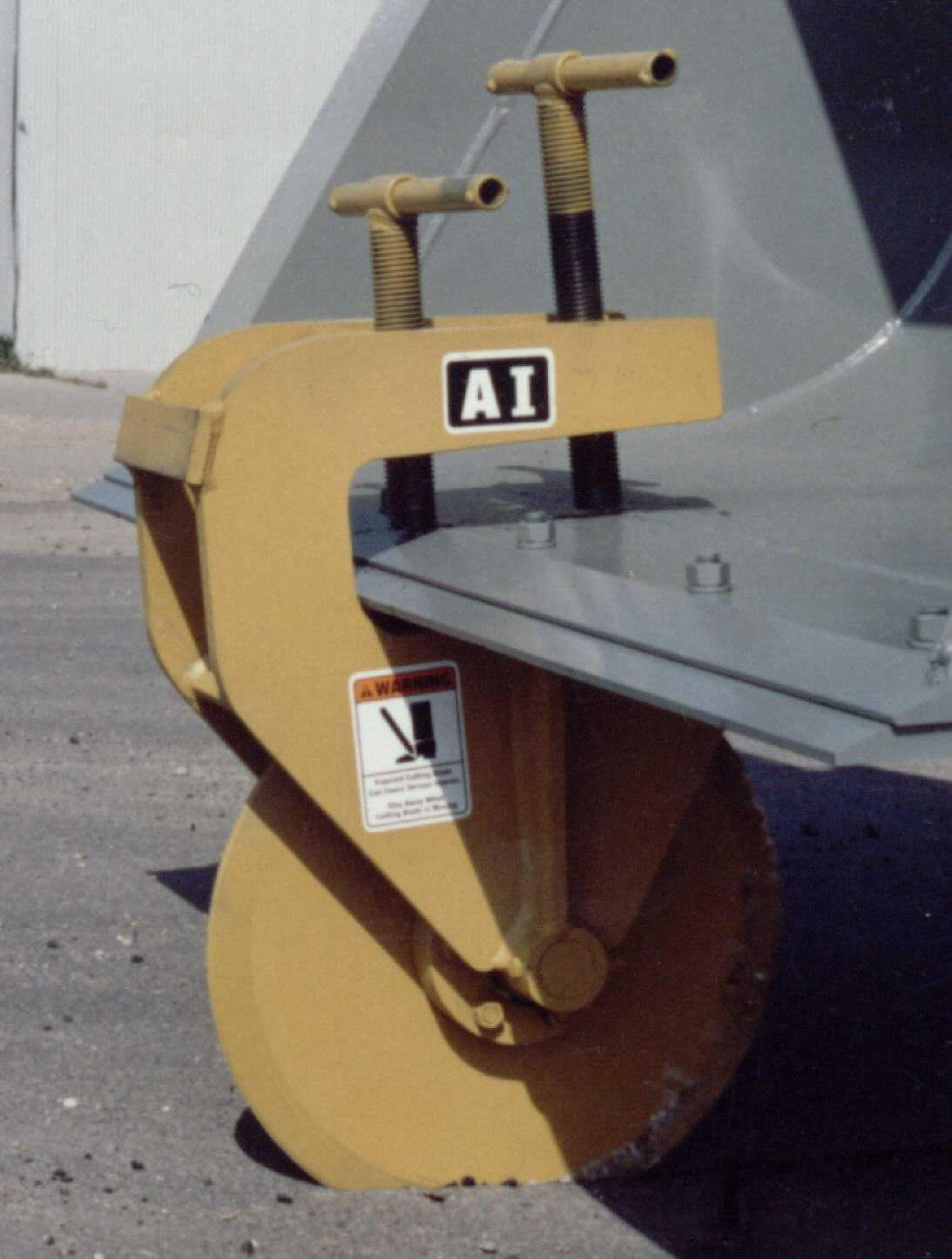 Asphalt Cutter Supper-cutter 190 - Gentec Equipment |Pavement Cutter