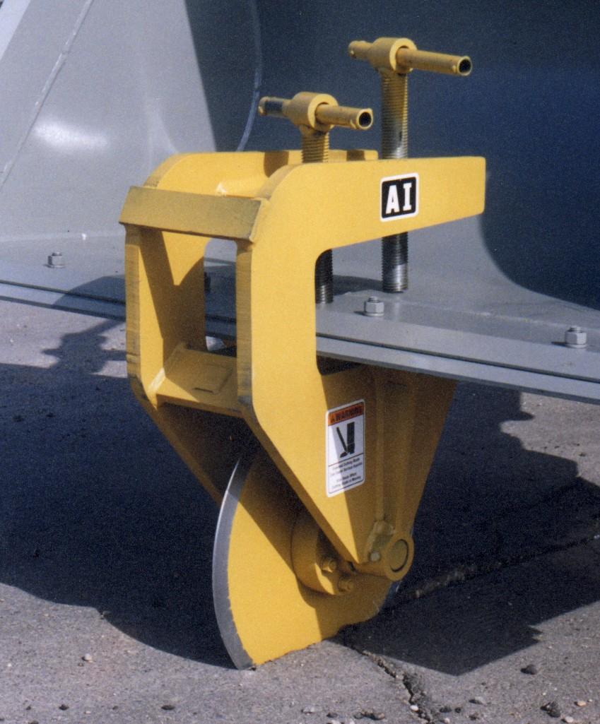 Mr. Manhole Gold Series Six Shooter Manhole Cutter in ... |Pavement Cutter